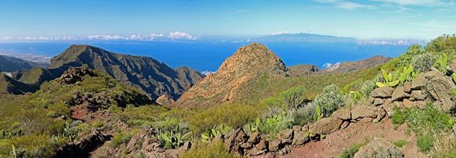 Santiago del Teide to the Roque Blanco Ridge Walk